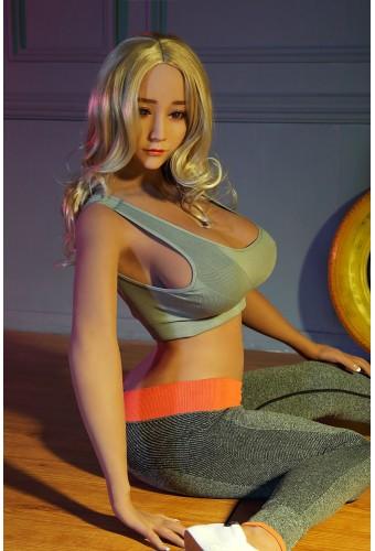 La coaxh sportive - Poupée sexuelle en TPE - 168cm - Marie Claire