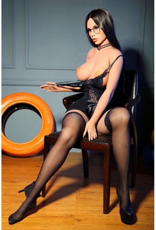 La jolie secrétaire - Poupée YOURDOLL 165cm - Rinia