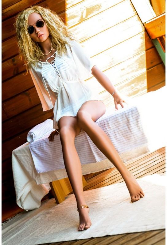 Poupée sexuelle Blonde en TPE - 157cm - Jennie