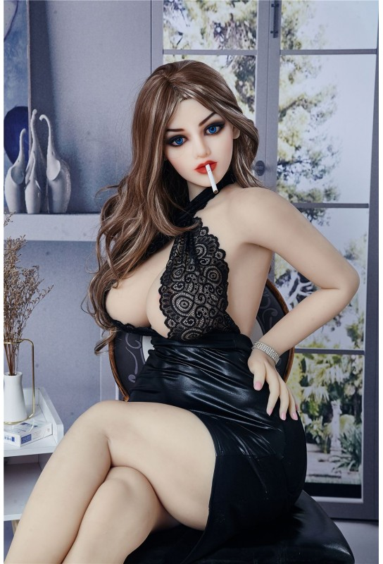 Doll érotique pulpeuse IronTechDoll - 158cm - Alisa