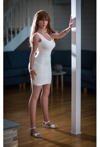 Doll aux fesses imposantes - 160cm - Zabou