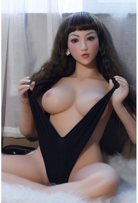 Sex doll en silicone - 160cm - Loly